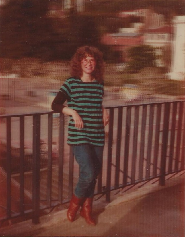 1973TrinaRobbins3D.jpg